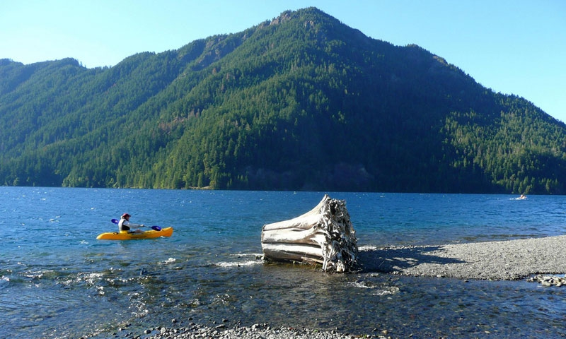 Lake Crescent Marina